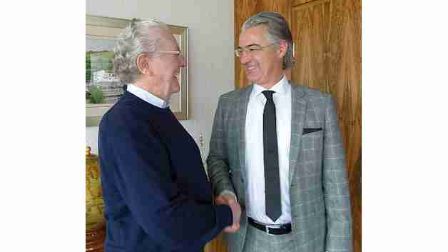 Franz Binder hat alle seine Geschäftsanteile an seinen Sohn Markus übergeben