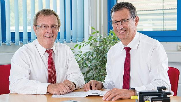 Der Servomotorhersteller Fertig Motors hat jetzt zwei Geschäftsführer: Erwin Fertig (links), zuständig für strategische Fragen, und Dietmar Hamberger, für das operative Geschäft verantwortlich.