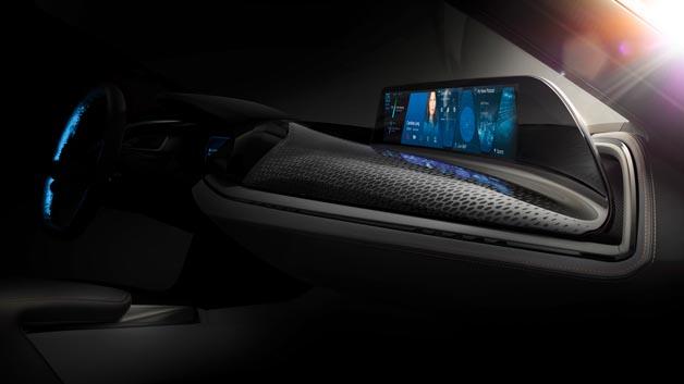 Mit AirTouch präsentiert BMW das Prinzip des berührungslosen Touchscreens.