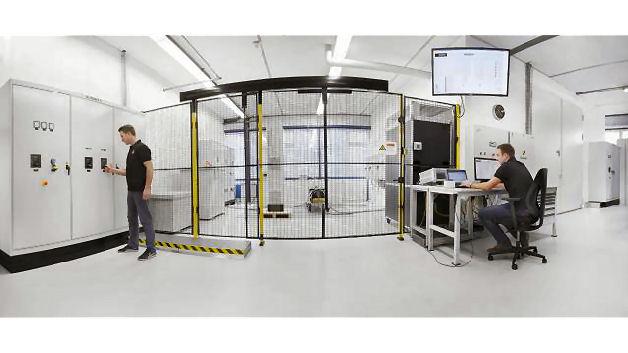 Neues Hightech-Labor in Betrieb genommen