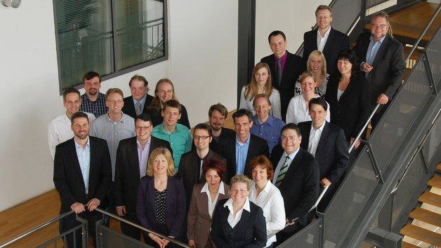 Das Symtavisiom-Team beim zehnjährigen Firmenjubiläum im Mai 2015.