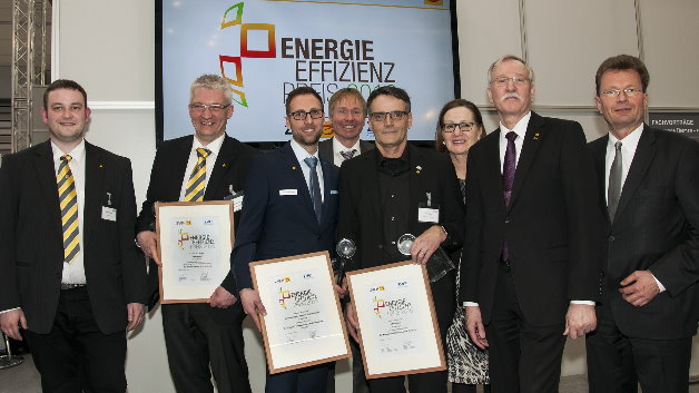 Preisträger und Gratulanten (v.l.): Carsten Winkler, Thomas Hering, Dennis Köster, Dr. Andreas Goerdeler, Klaus Geyer, Maria Hasselman, Lothar Hellmann und Adalbert Neumann.